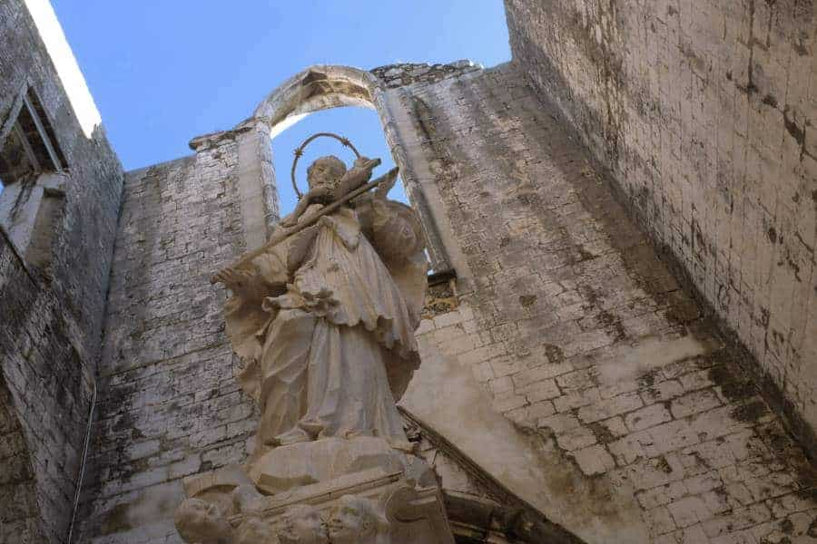 carmo convent ruins lisbon