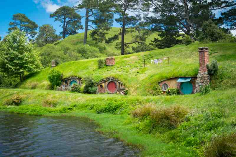 hobbit dwellings newzealand