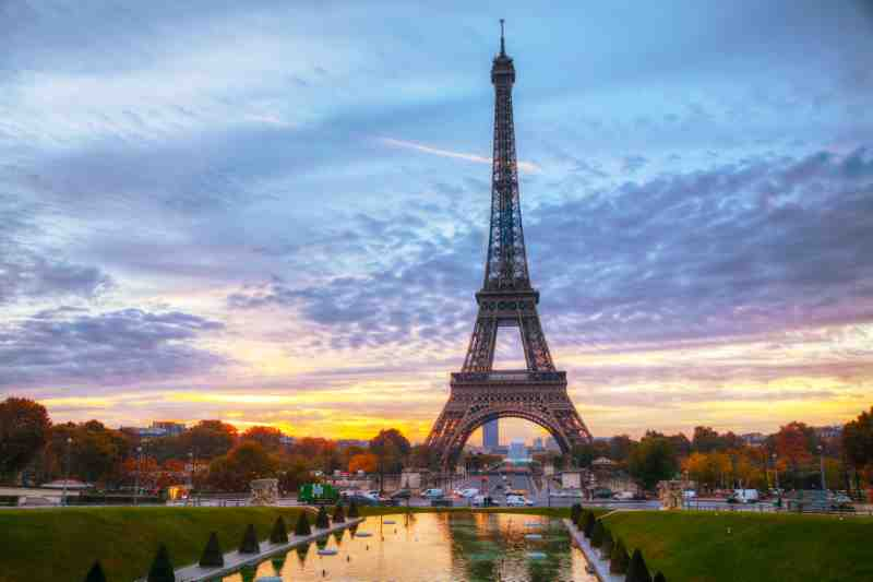 Why Is The Eiffel Tower Famous With 10 Amazing Facts